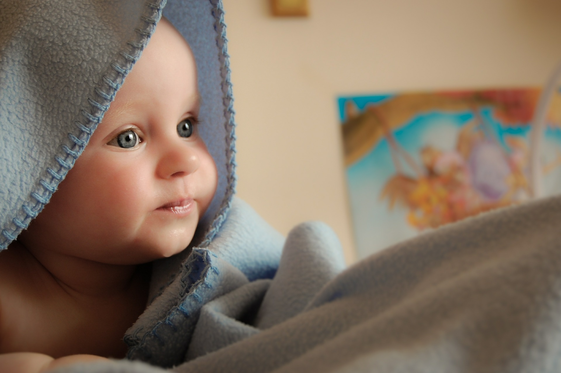 Photo a baby in a blanket